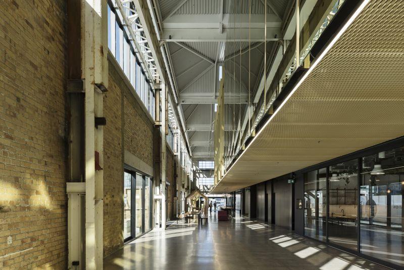 arquitectura_y_empresa_Mason Bros_corredor int