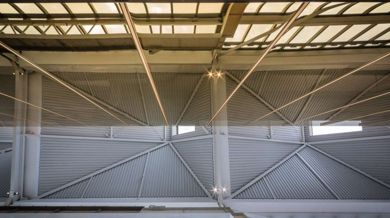 arquitectura_y_empresa_Mason Bros_cubierta int
