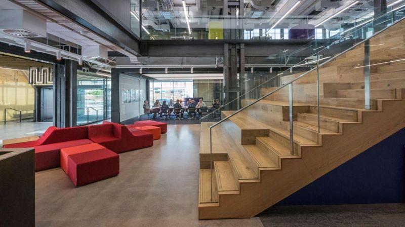 arquitectura_y_empresa_Mason Bros_grada