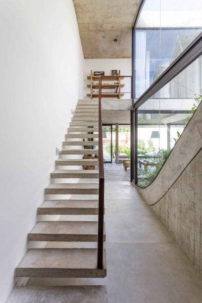 arquitectura_y_empresa_memo house_escalera