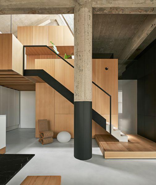 arquitectura_y_empresa_MICHIGAN LOFT_escalera