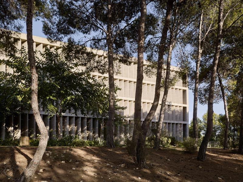 Edificio de la Universidad laboral de Cheste