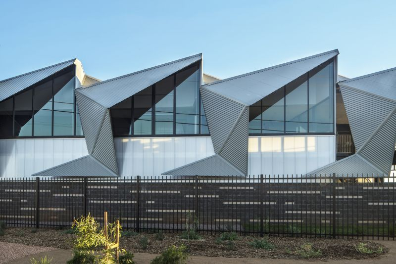 arquitectura_y_empresa_MPHHQ_fachada