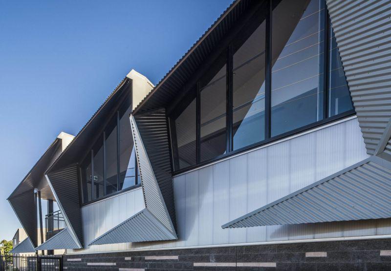 arquitectura_y_empresa_MPHHQ_fachada det