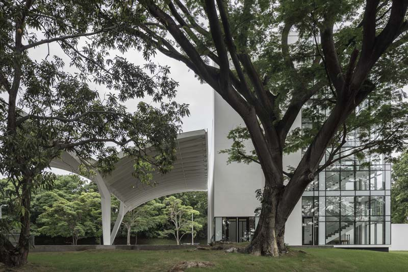 Museo libertad derechos humanos_ imagen exterior plaza
