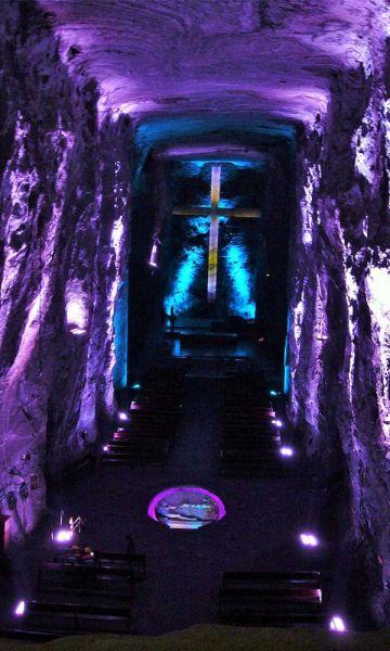 Nave central de la Catedral de Sal / Fotografía de Vagabundler