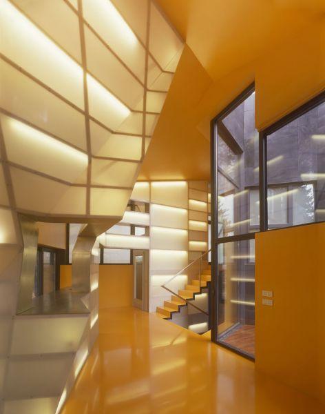 arquitectura casa levene el escorial foto interior escaleras