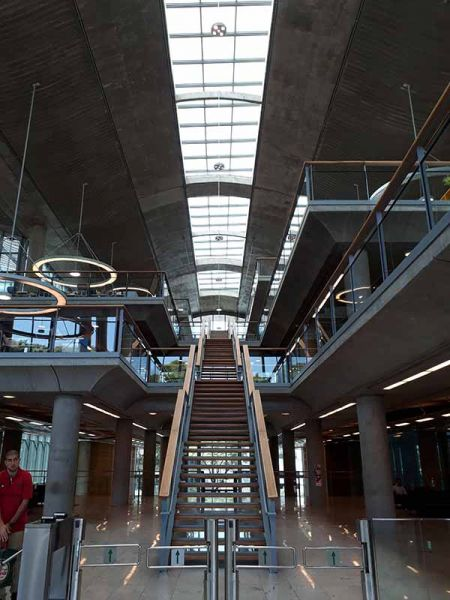 arquitectura escalera principal jefatura porteña