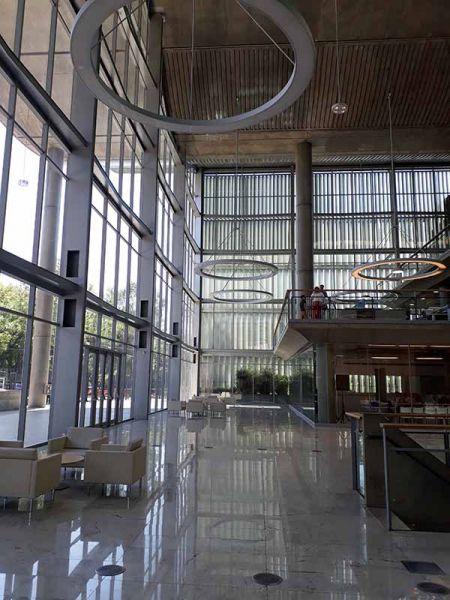 arquitectura entrada principal jefatura porteña