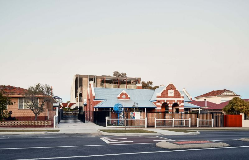 arquitectura_y_empresa_North Perth Childrencare_barrio