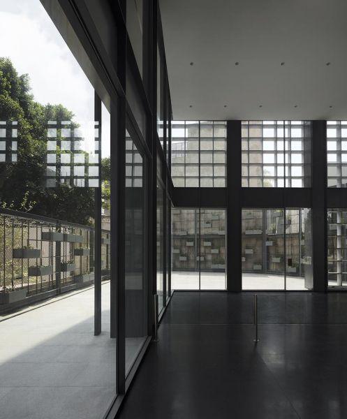 arquitectura carlos ferrater oab torre hipodromo foto interior planta baja