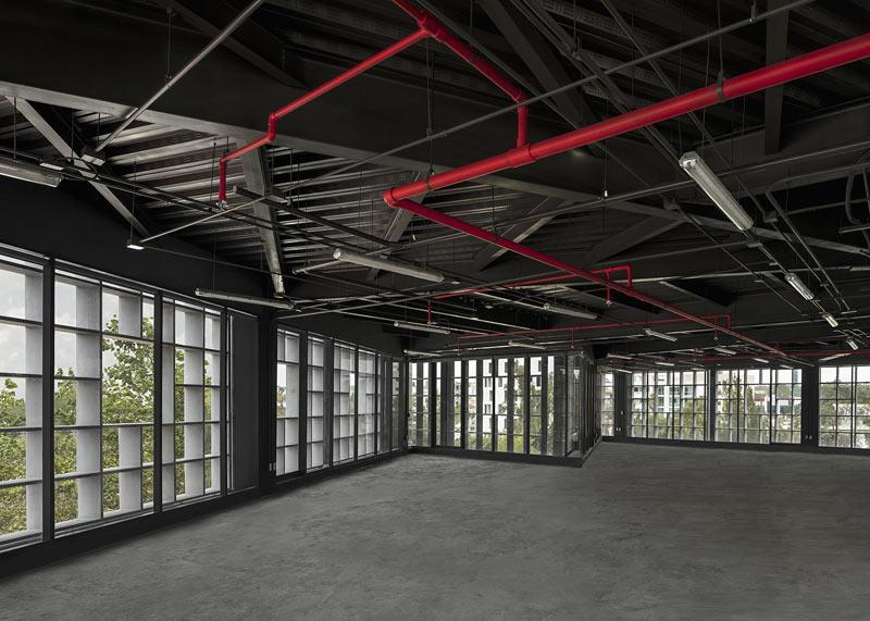 arquitectura carlos ferrater oab torre hipodromo foto interior oficinas