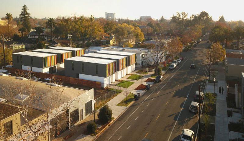 Complejo Oak Park  vista de la calle general