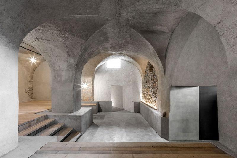 Imagen del interior de la antigua bodega restaurada por Bergmeisterwolf