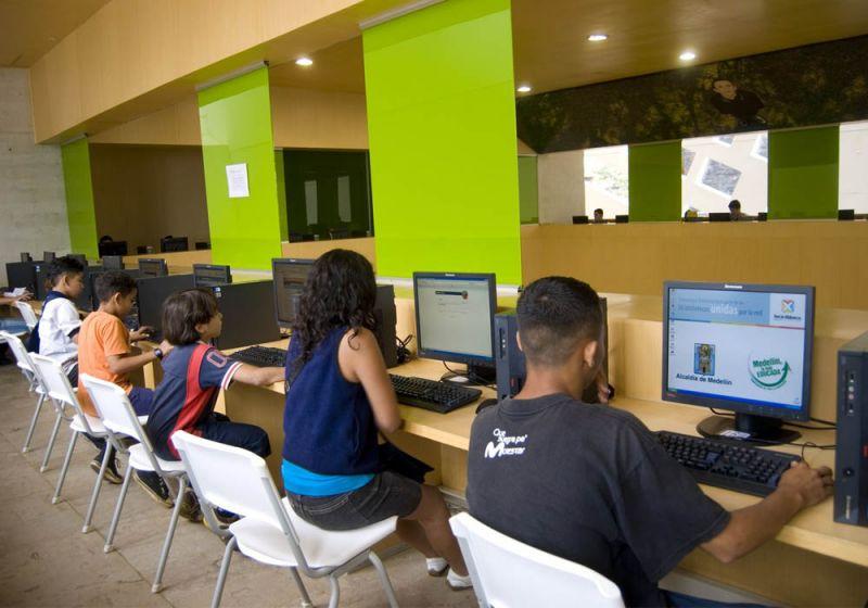 Tecnología Parques Bibliotecas