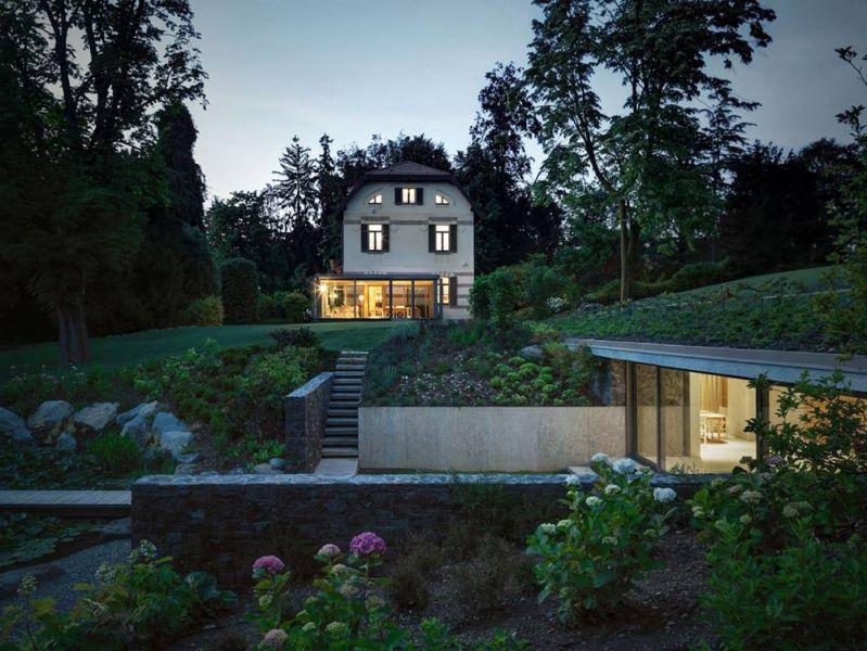 Vista de conjunto del conjunto con la casa