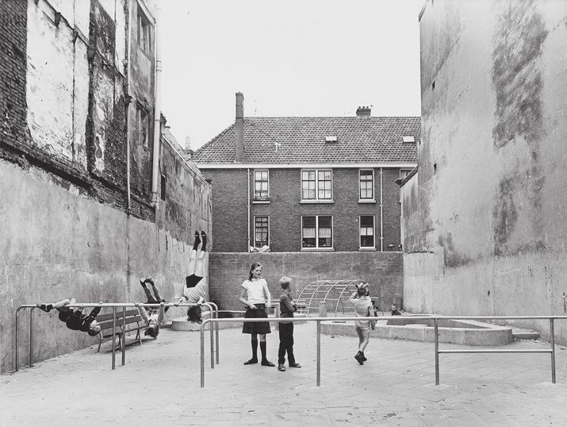 parque infantil aldo van eyck Laurierstraat Amsterdam
