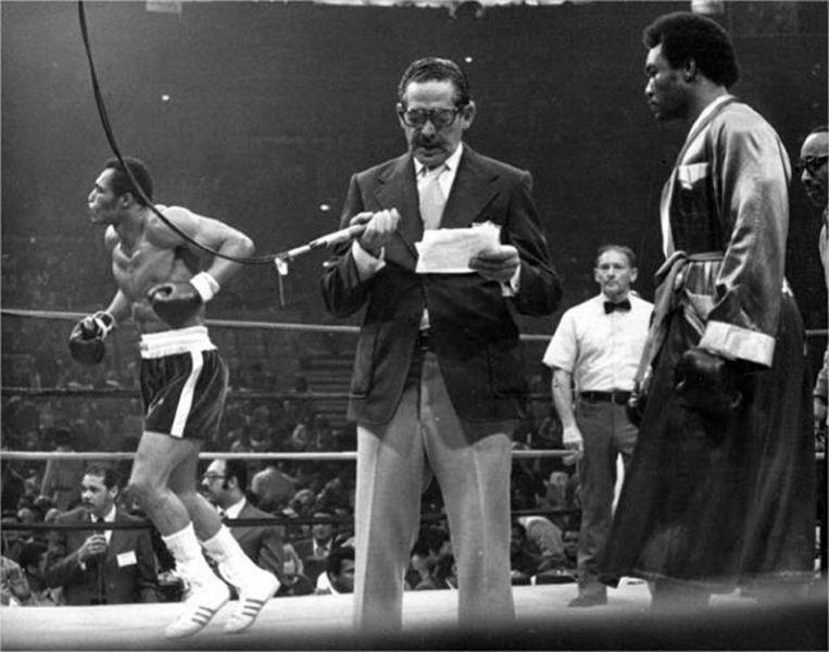 Poliedro de Caracas_ combate de boxeo inauguración 1974