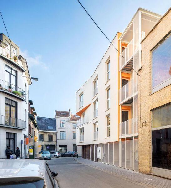 arquitectura_y_empresa_project pearl_fachada ACCESO