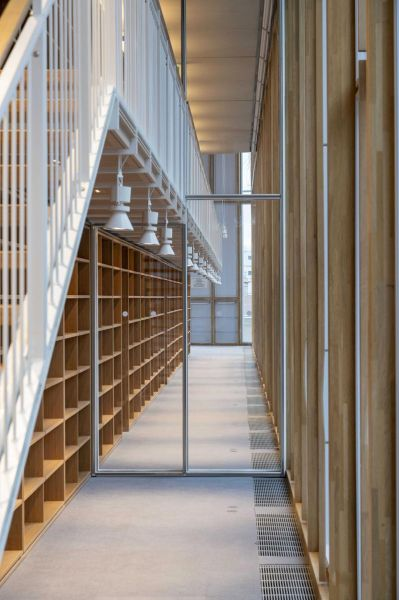 arquitectura maison de l´ordre des avocats accoya foto interior escaleras altillo