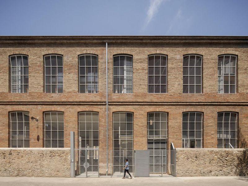 arquitectura_y_empresa_Roldan-Berengué_fachada det
