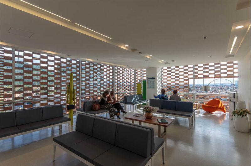 Fotografía sala de espera típica de la Clínica.
