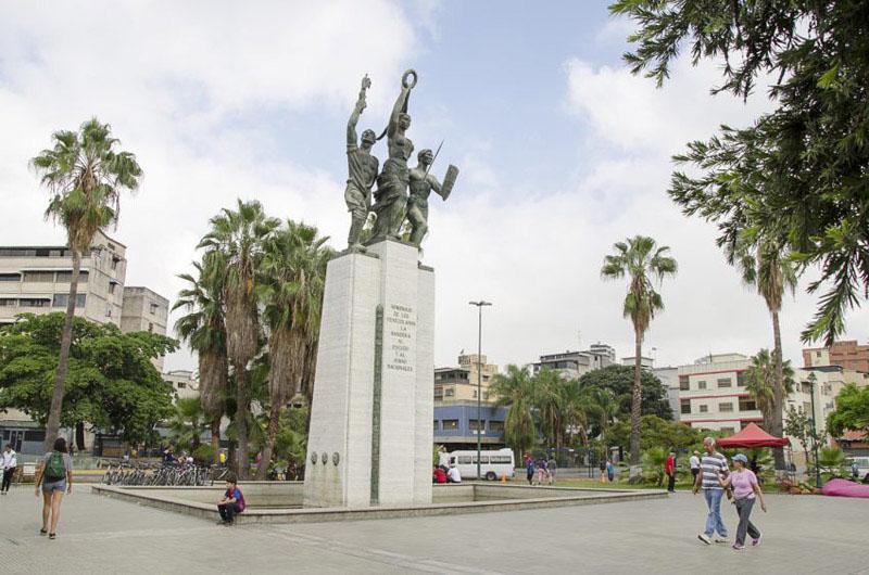 Plaza de los simbolos