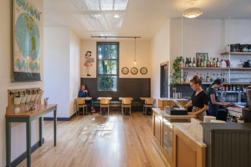 arquitectura_y_empresa_Society Hotel Bingen_café