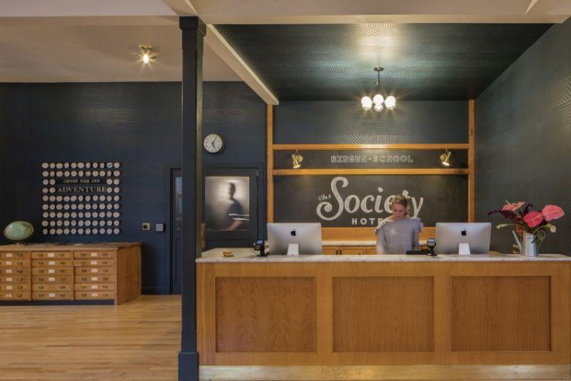arquitectura_y_empresa_Society Hotel Bingen_recepción