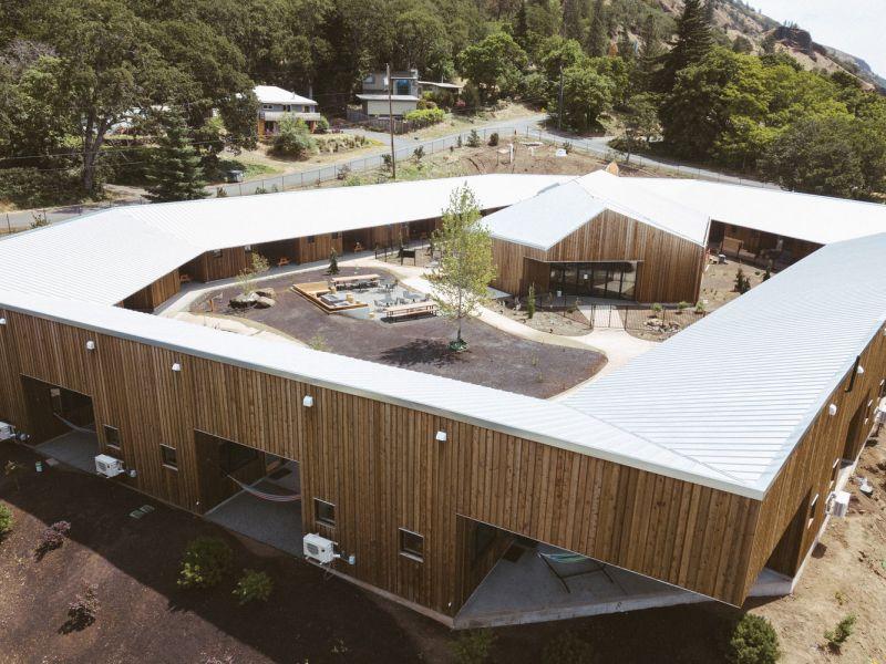 arquitectura_y_empresa_Society Hotel Bingen_cabañas