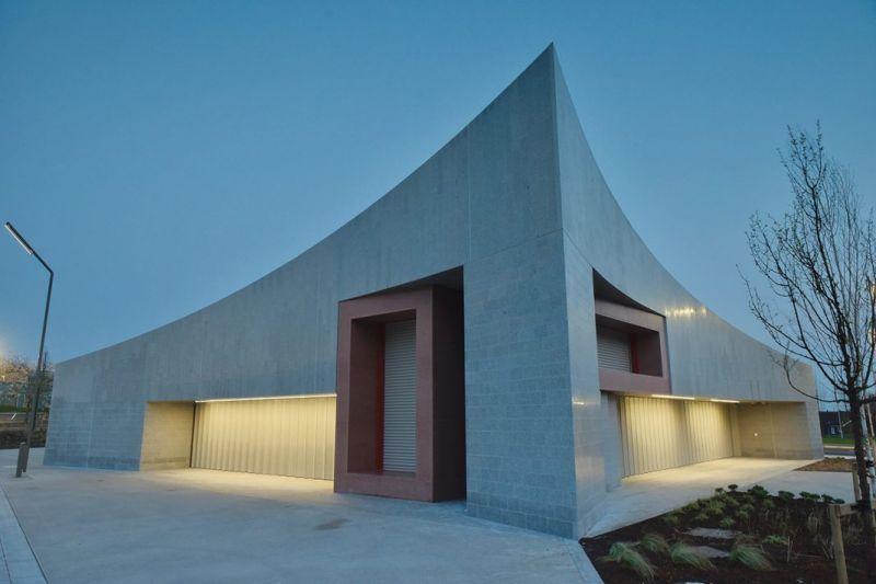 arquitectura_y_empresa_Transport Hub_esquina
