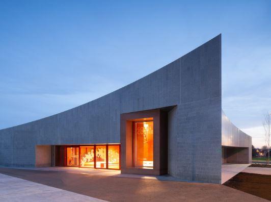 arquitectura_y_empresa_Transport Hub_fachada det