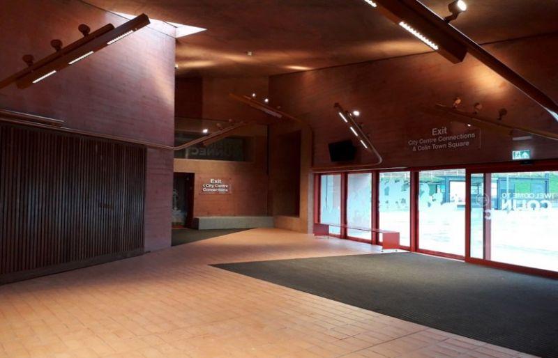 arquitectura_y_empresa_Transport Hub_interior acceso