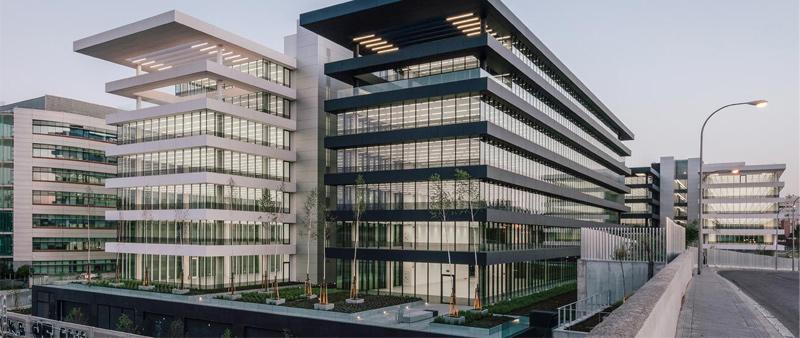 Arquitectura y Empresa, TVITEC, guía, Certificación LEED, fachadas acristaladas, sostenibilidad, construcción sostenible, eficiencia energética, arquitectura sostenible, ecología, medio ambiente, ahorro energético, vidrio, fachada vidrio, ecoeficiente, productos Isolar, aislamiento Isolar