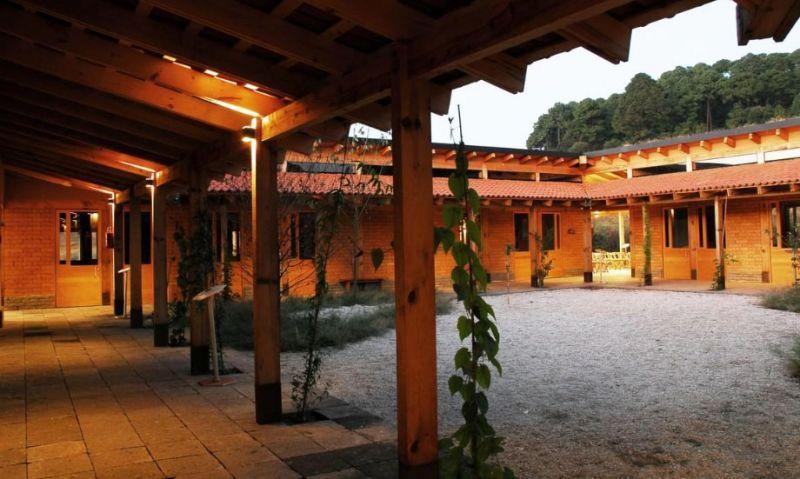 arquitectura_y_empresa_UMA_patio