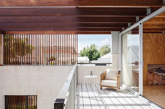 arquitectura_y_empresa_Vikky´s place_terraza