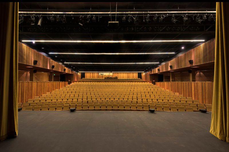 Vista del auditorio desde el escenario