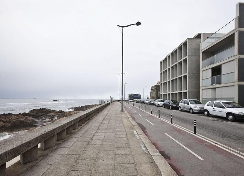 Vivienda Senhora da Luz_soto de Moura_fachada a oeste y mar