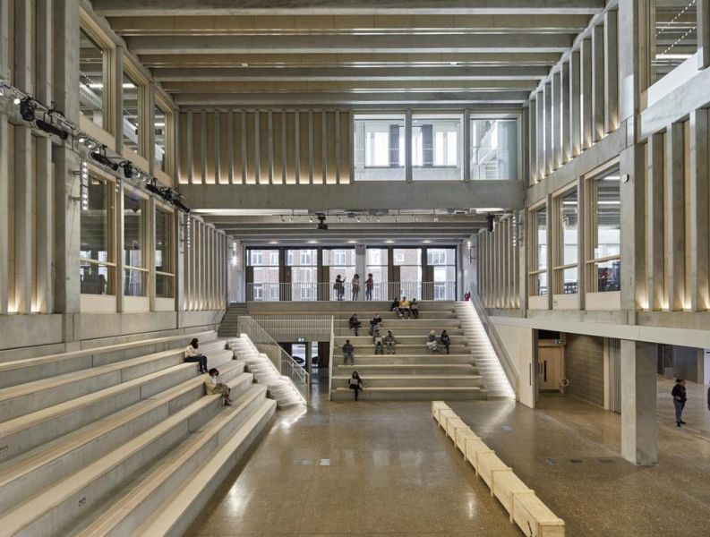 arquitectura Town House Building, Kingston University, photo courtesy of Ed Reeves