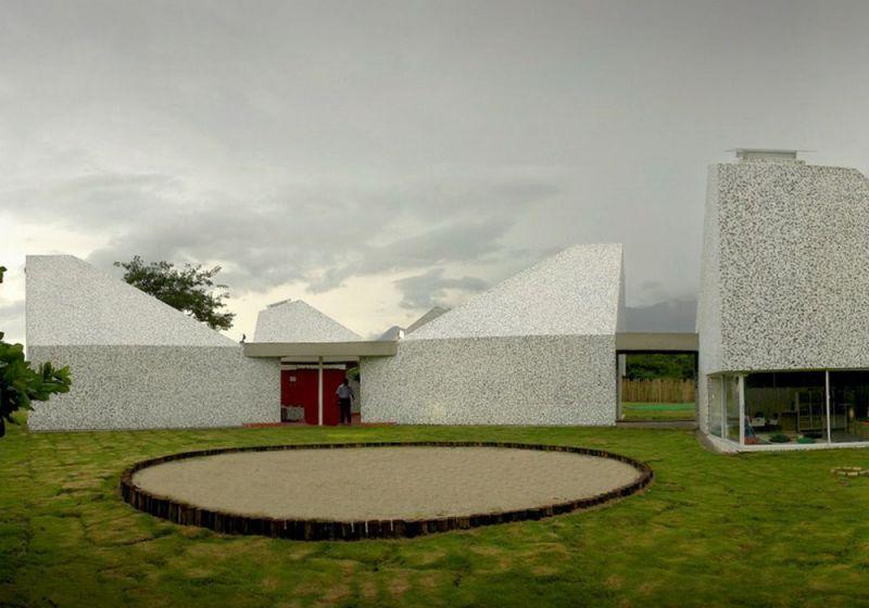 Espacios comunales exteriores del Jardín Infantil Timayui