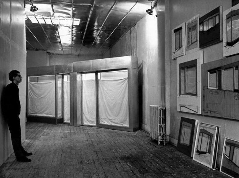 Christo_Nueva York_Estudio con Four Store Fronts Corner_Foto Ugo Mulas 1966