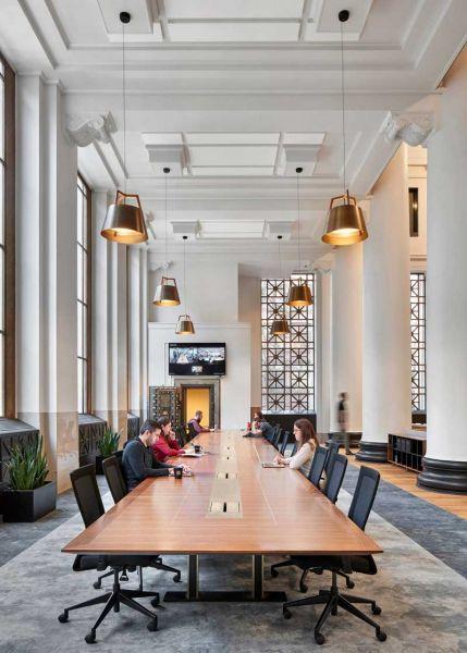 arquitectura ZFG Architects Oficinas Expensify fotografia interior de Garrett Rowland mesa