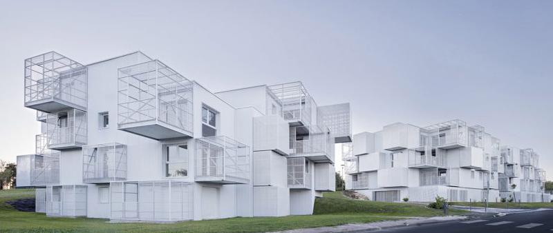 arquitectura, arquitecto, diseño, design, Javier Sevillas Callejas, White Clouds, POGGI + MORE, Francia, Saintes, edificio residencial, viviendas colectivas, casa, apartamento