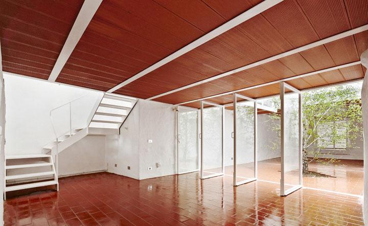De casa en ruina a casa luz arquitectura g arquitectura - Luz pulsada en casa ...