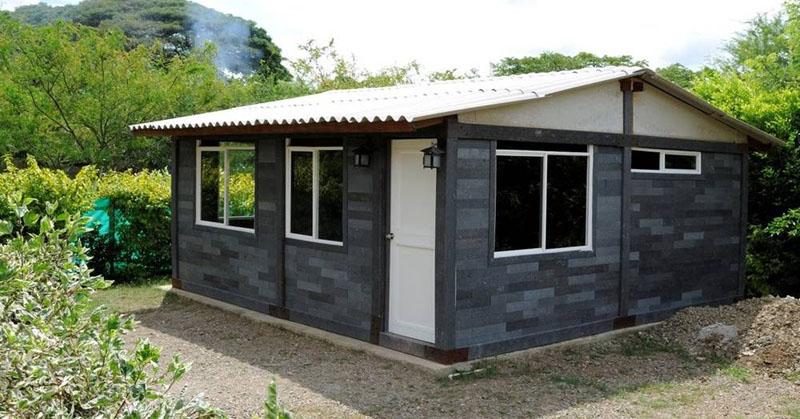 Casas Con Ladrillos De Plastico Reciclado En Colombia Arquitectura