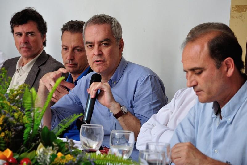 DIALOGOS ARQUITECTURAYEMPRESA SEVILLA