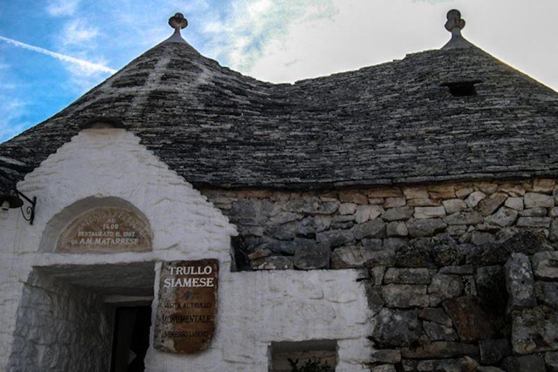 Alberobello-Trulli_cubierta conica