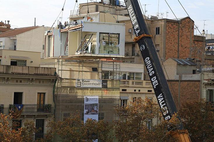 La casa por el tejado arquitectura - La casa en el tejado ...