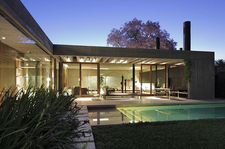Mathias klotz el chileno elegante arquitectura for Casas en ele modernas
