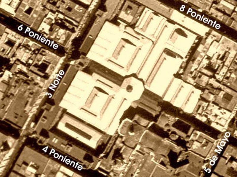 Arquitectura_Antiguo_Mercado_de_la_Victoria,_Puebla,_México vista de la zona desde el aire